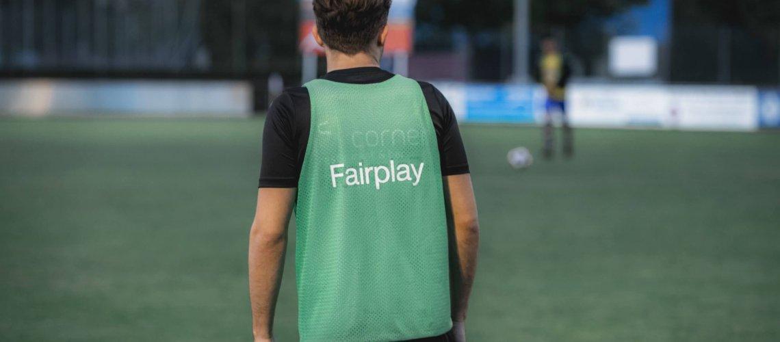 Spieler Fair Play Fußball